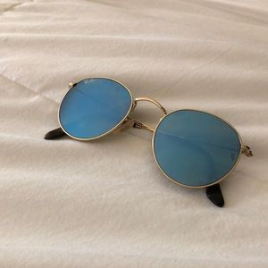 RAY BAN BLUE LENSES ROUND SUNGLASSES